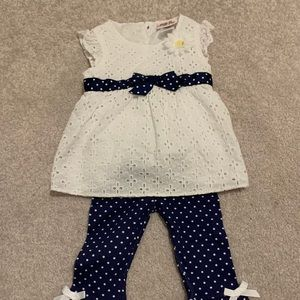 Little Lass Baby Daisy Outfit